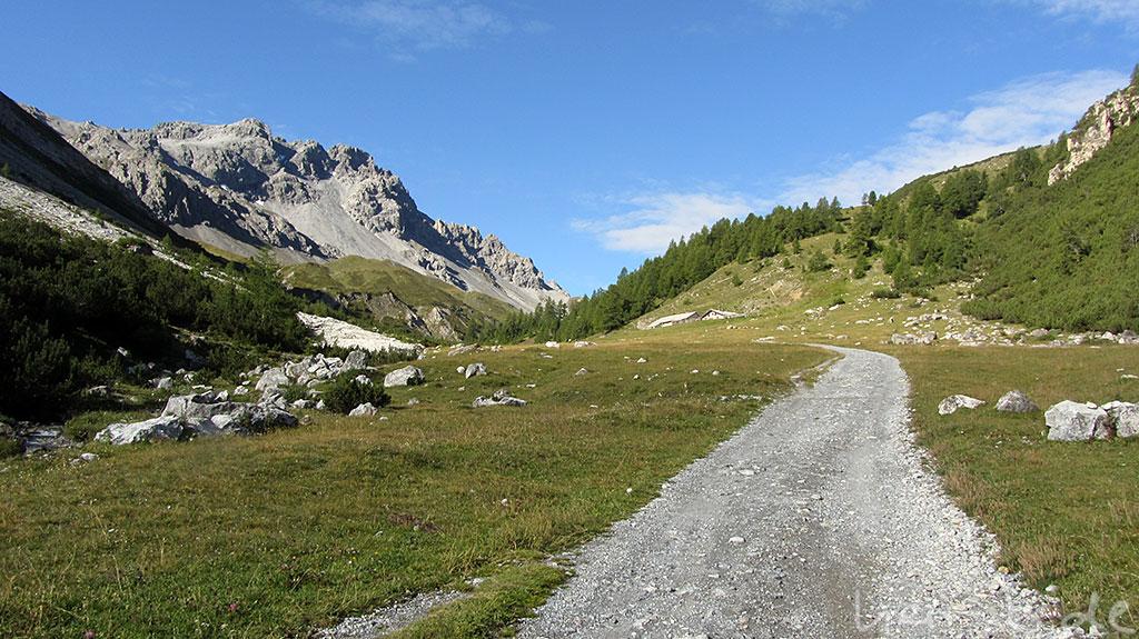 Aufstieg zum Val Mora