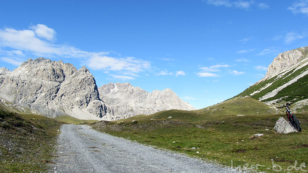 Einfahrt ins Val Mora