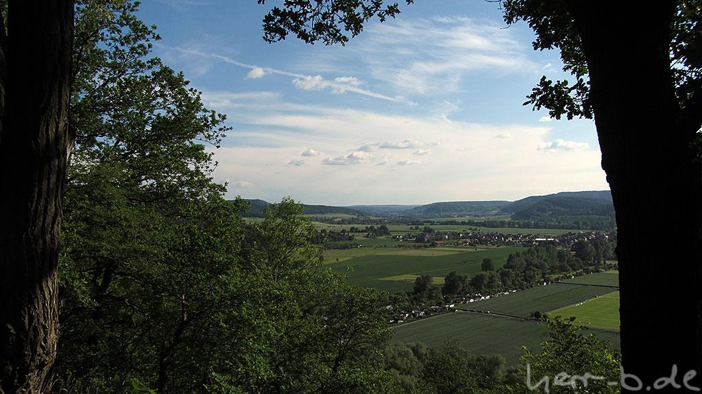 Blick vom Helenenstein ins Südliche Saaletal