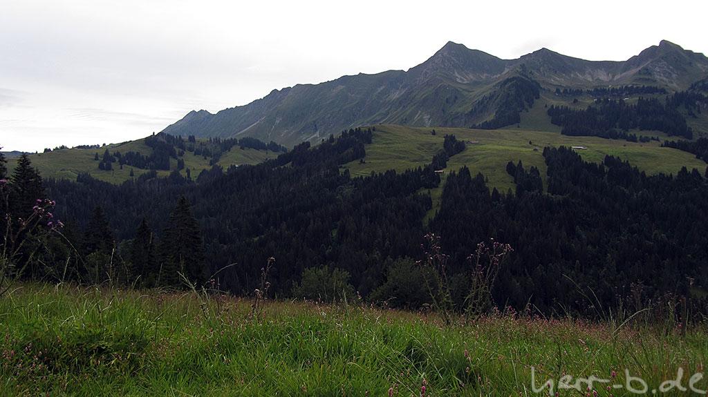 Ausblick in die Bergwelt nach der ersten Schiebepassage.