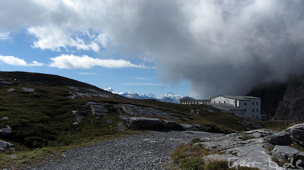 Überwältigendes Panorama am Gemmipass