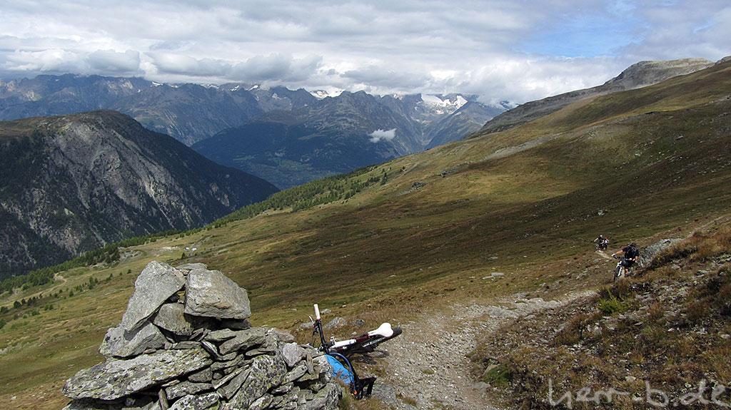 Im Aufstieg zum Bistinepass