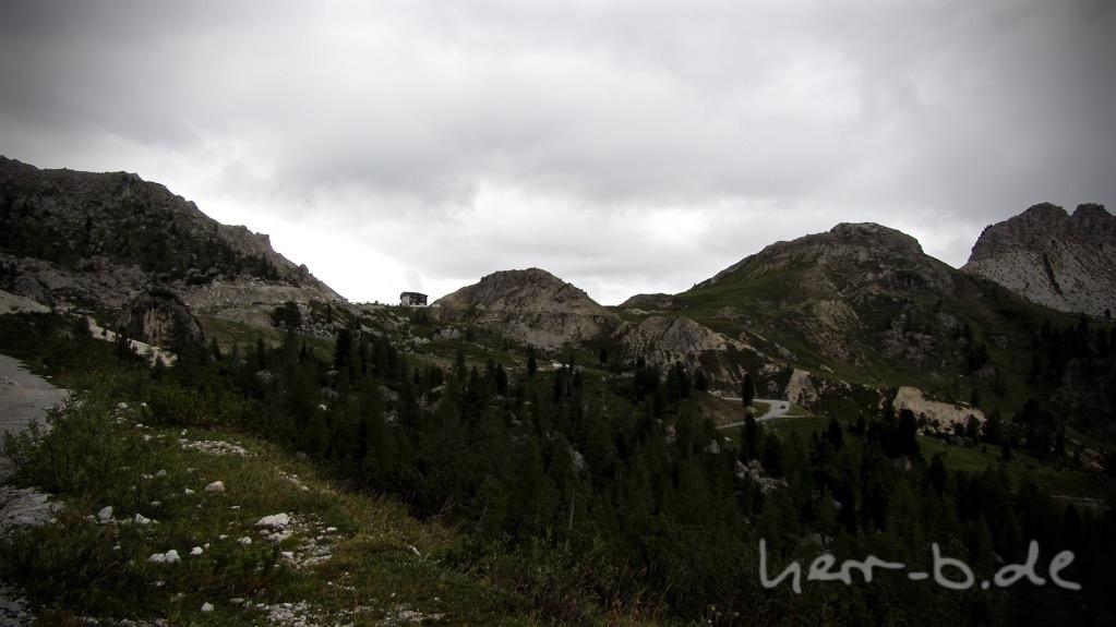 Auf dem alten Militärweg Richtung Passo di Valparola.