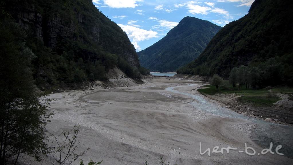 Badehose umsonst eingepackt, der Lago del Mis ist weg.