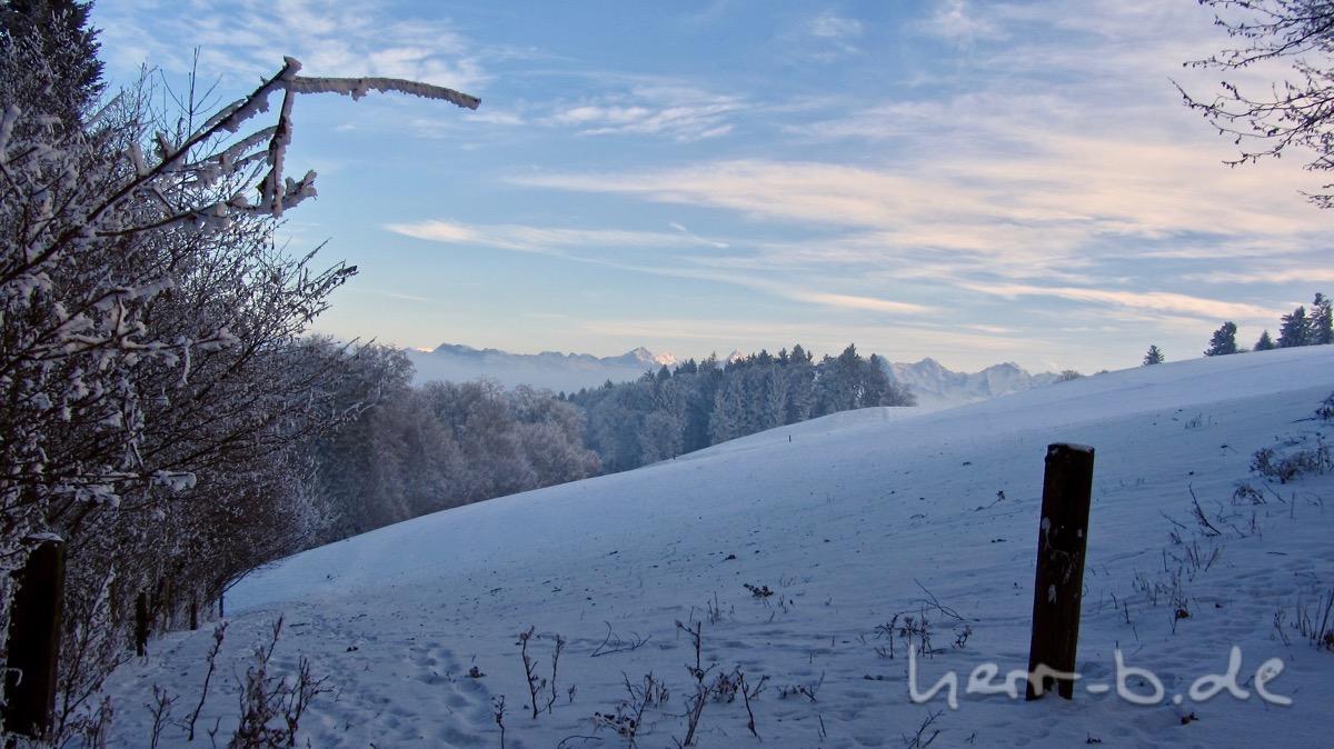 Letzter Blick auf die Berge bevor man wieder im Nebel verschwindet.