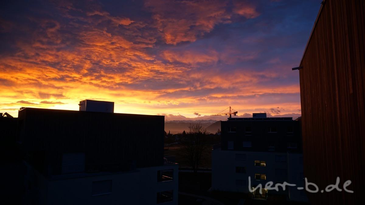 Morgenröte kurz nach dem Aufwachen
