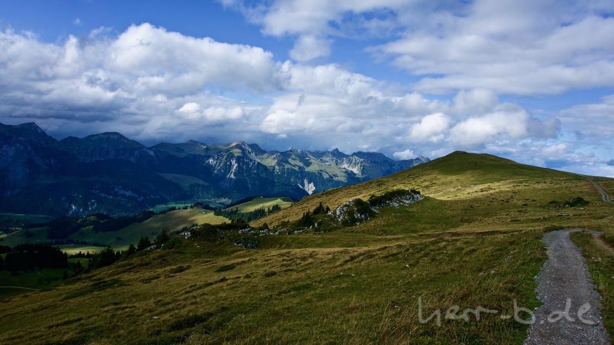 Ausblick am Niderhorn.