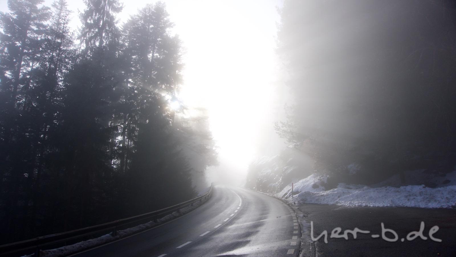 Kurz vor dem Durchbrechen der Nebelgrenze.