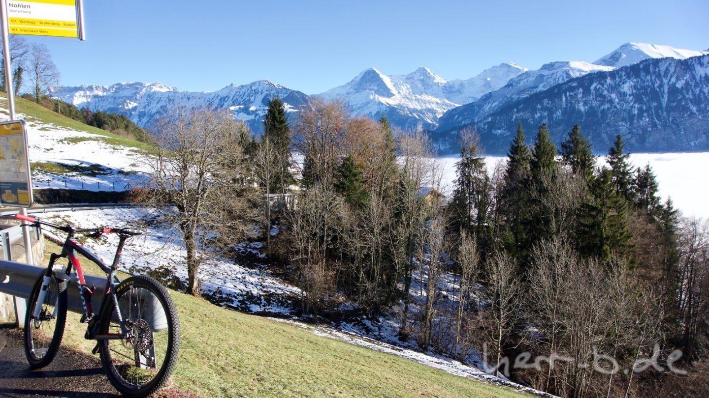 Luftikus und der Ausblick auf Eiger, Mönch und Jungfrau.