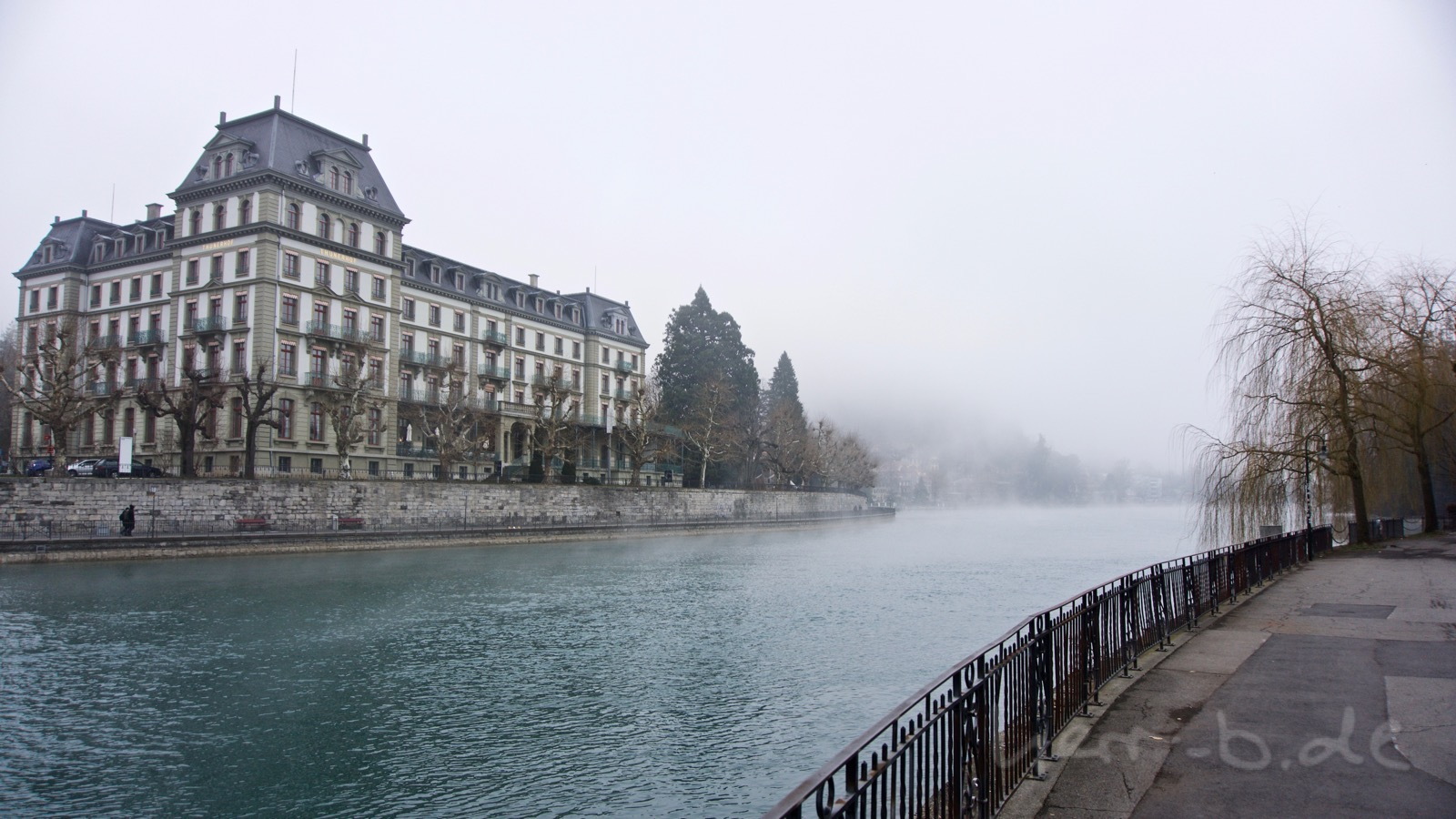 Frostiger Nebel in Thun