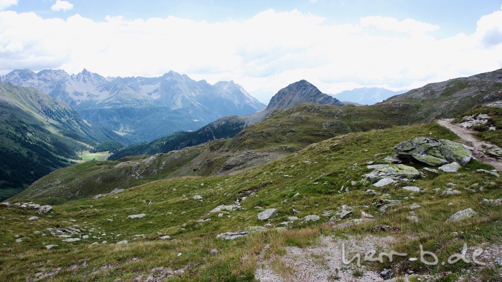 Bergwelt zwischen Forcola und Berninapass.