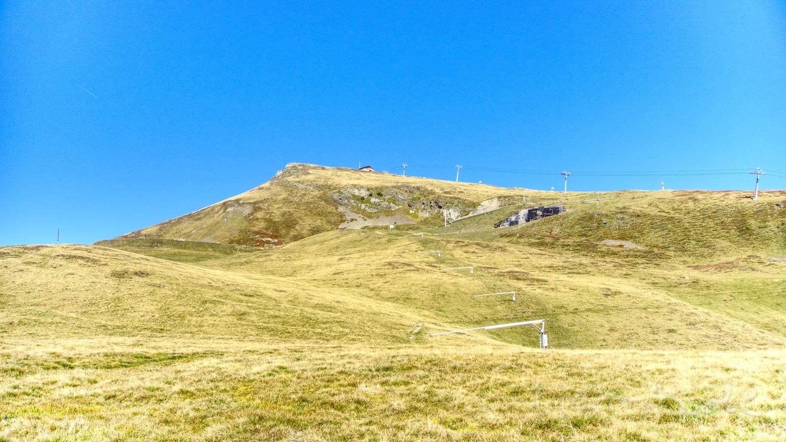 Die Starthütte und der erste Teil der Lauberhorn-Abfahrt.