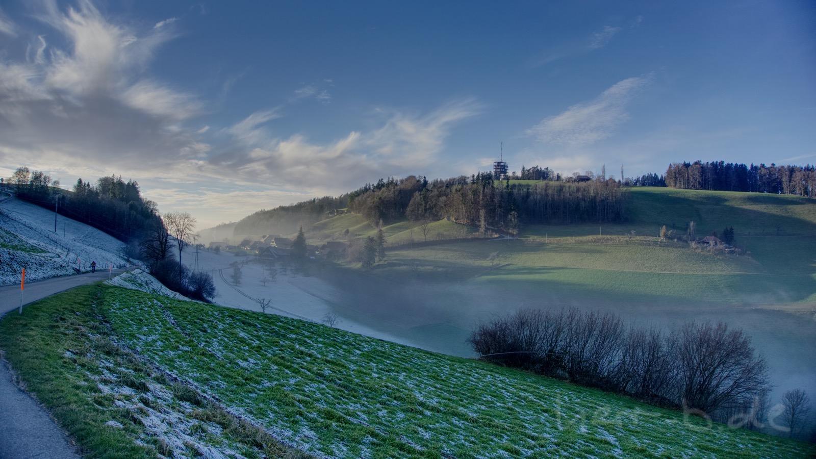 Frost und Sonne am Ulmizberg.